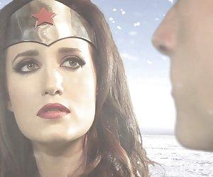 Wonderwoman vs. Superman